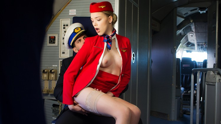 Anny Aurora is ready for take-off